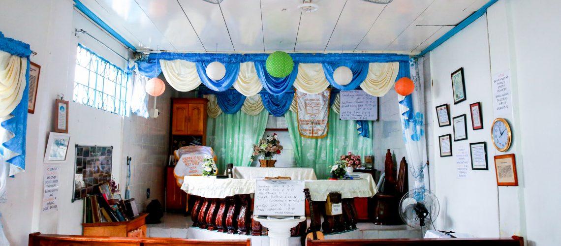 Dans la chapelle de la guerisseuse aux mains nues, philippines.